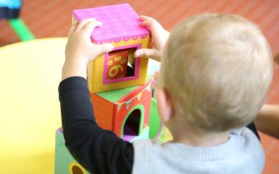 « Hop! Je grandis! » : une semaine pour souligner l'importance des services éducatifs en CPE et en milieu familial